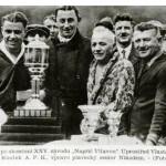 Napric Vltavou 1925